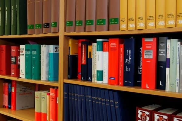 Pourquoi recourir à un avocat en droit du numérique ?
